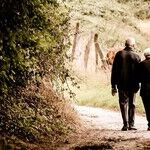 Tips for Helping Elderly Parents With Their Finances