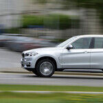 2017 BMW X5 xDrive 40e: Plug-In Hybrid Has 14-Mile EV Range