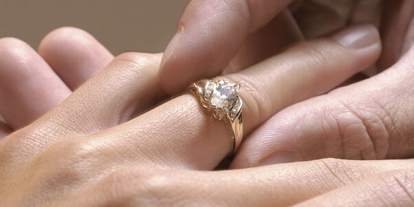 Propose to a Cheater?
